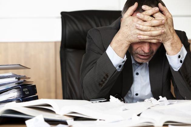 Foto Lavoro Ufficio : Soffrire lo stress a lavoro rischiando la salute